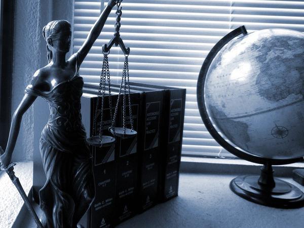 pomoc prawna toruń